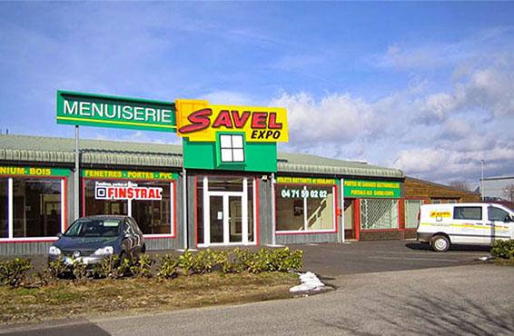 Menuiserie savel deux magasins en haute loire for Fenetre yssingeaux